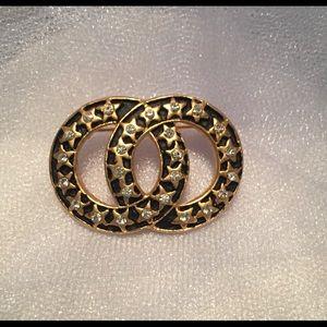 Jewelry - NWOT Fashion Pin